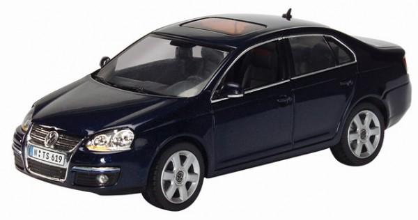 VW Jetta, shadow-blue metallic